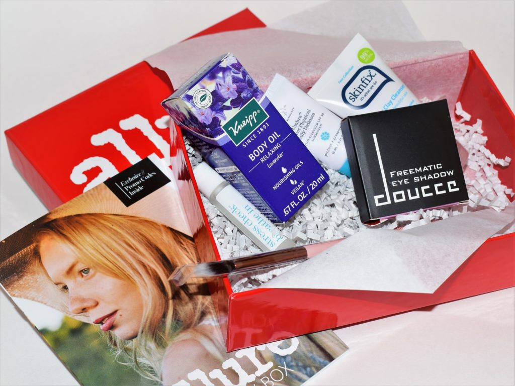 Allure Beauty Box Review May 2017